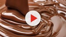 El chocolate infantil en forma de pastel.