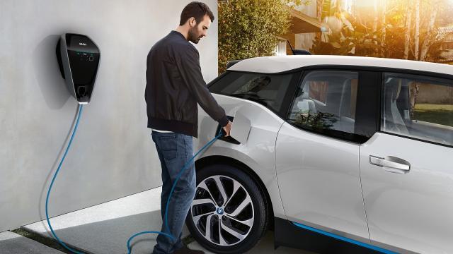 Auto elettrica: ma quanto mi costi?
