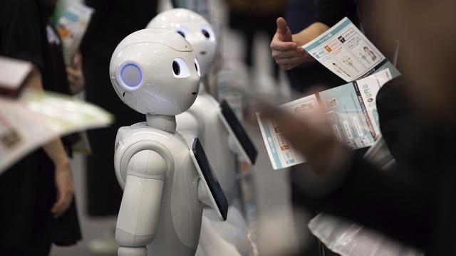 Vistara Airlines pronto tendrá un robot llamado RADA para ayudar a los clientes