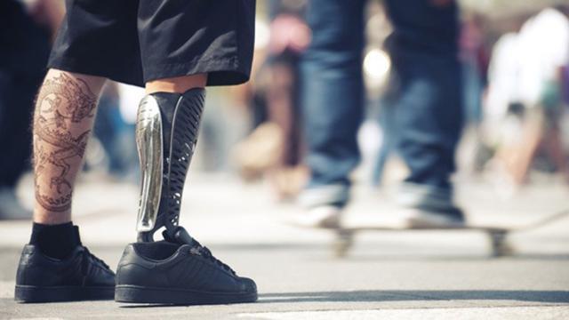 Nuevos nervios artificiales podrían transformarse en prótesis