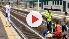 Il treno investe la donna, giovane scatta un selfie