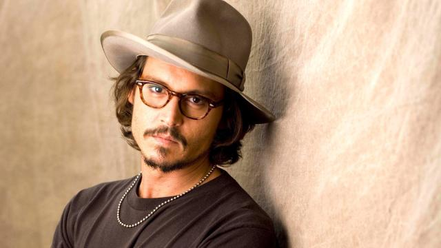 Johnny Depp despilfarra su fortuna