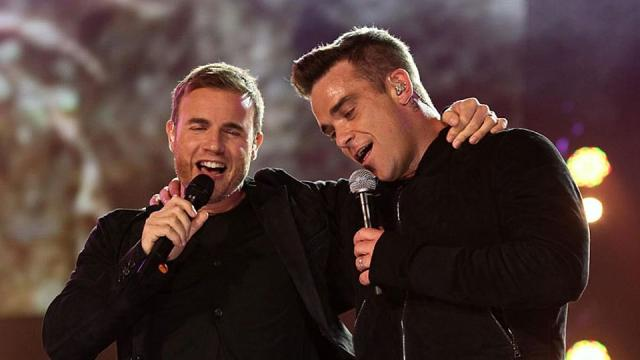 Robbie Williams is to replace Louis Walsh on 'The X Factor'