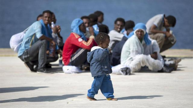 Contrastate l'immigrazione clandestina, però restiamo umani