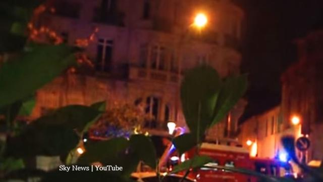 Paris: Armed man who took hostages is not known to have terror links