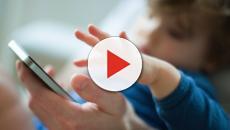 Società Italiana Pediatria: cellulare ai bimbi non prima del secondo anno d'età