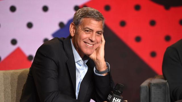 VÍDEO: Tras un accidente de moto George Clooney herido leve