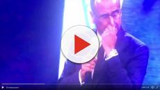 Carlo Conti: diffuso video dove piange per Frizzi
