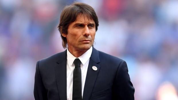 Naples demande une énorme enchère à Chelsea pour Sarri