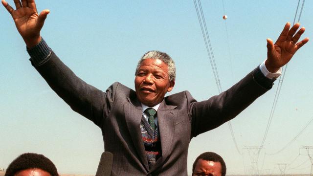 El legado de Mandela se manifiesta contra la desigualdad económica
