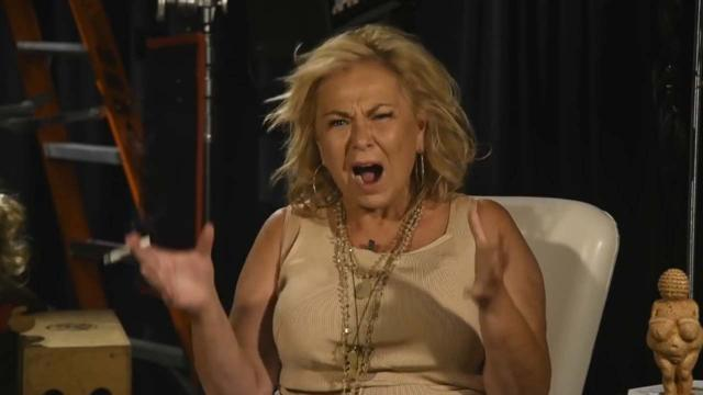 Roseanne Barr publishes video clip about her racist tweet to Valerie Jarrett