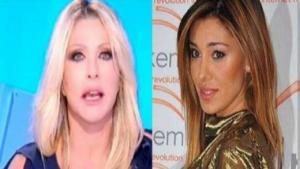 Belen attaccata da Paola Ferrari: 'Bella, ricca, furba e senza talento'