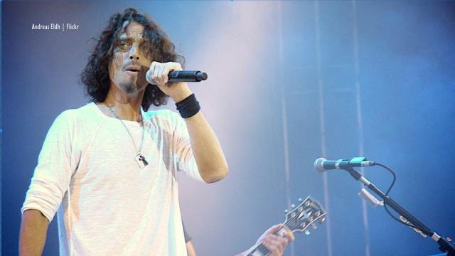 Seattle: Chris Cornell life-size statue by Nick Marras in Museum of Pop Culture