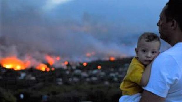 Grecia in fiamme, chiesto aiuto all'Unione Europea, si sospettano incendi dolosi