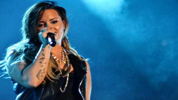 Demi Lovato in ospedale per sospetta overdose: dopo la paura, sta meglio