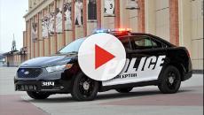 Usa: due poliziotte eseguono un arresto giocando a testa o croce