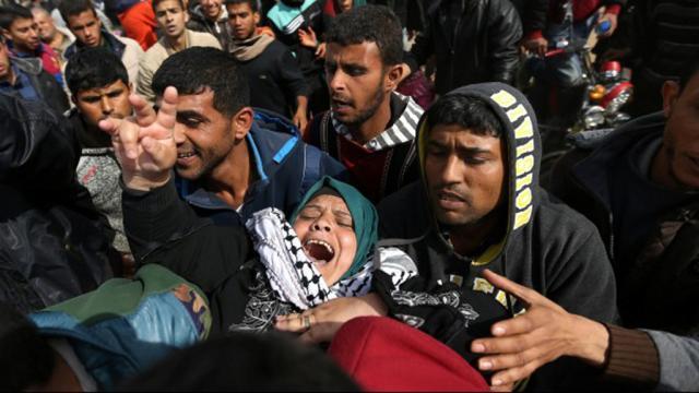 Dos palestinos muertos, uno menor, por fuego israelí en la franja de Gaza