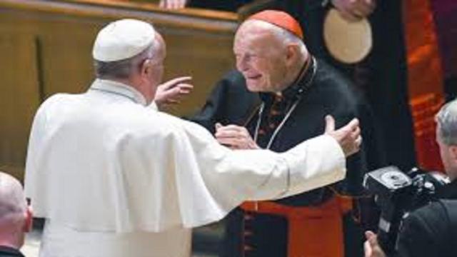 VIDEO:El papa Francisco aceptó la renuncia del arzobispo de Washington
