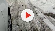 Chuva de granizo forma 'mar de gelo' em SP