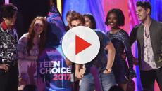 VÌDEO: Los Teen Choice Awards 2018 fueron presentados por Nick Cannon y Lee Pons