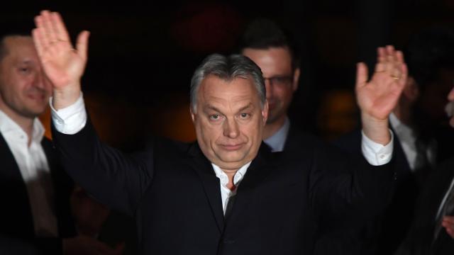 Orbán quiere prohibir la investigación de género en las universidades