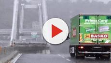 Genova, l'autista del camion fermo ad un passo dal baratro: 'Ho visto l'inferno'