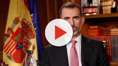 Monárquicos en tensos incidentes por quitar pancartas contra Felipe VI