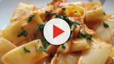 Calamarata al cartoccio, una ricetta poco calorica e gustosa