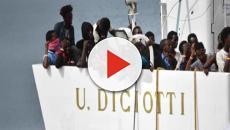 Imbarcazione Diciotti ancora senza luogo di sbarco, la protesta di Salvini