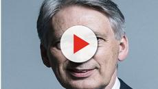 Philip Hammond's stark no-deal Brexit warning gets conservatives angry