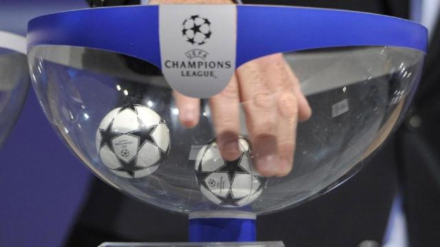 Champions League, i sorteggi dei gironi in diretta tv su Sky e Rai2