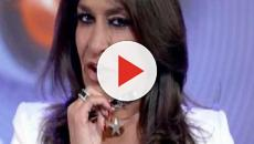 Aida Nizar: l'ex gieffina esce di seno a Pomeriggio 5