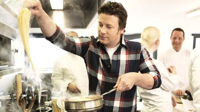 Jamie Oliver chases down burglar who tried to break into his home