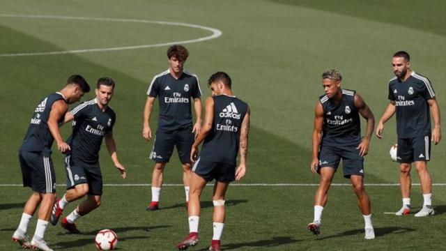 VÍDEO: El Real Madrid con Vinícius, Odriozola y Mariano, listos para la acción