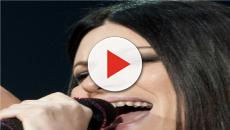 Laura Pausini, parolaccia alla fine di una strofa durante una canzone