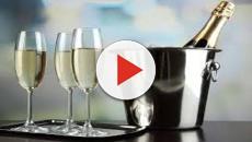 VIDEO: Crean botella de champaña con la que podrá brindar en el espacio