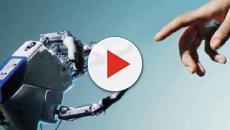 Medicina: incredibile trapianto di mano bionica, riesce a percepire sensazioni