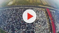 VÍDEO: Reportan problemas de movilidad por atascos vehiculares en Granada