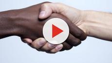 Medici contro il razzismo con una campagna sociale