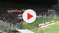 Pisa-Arezzo giocata nonostante l'incendio, gli ultras di casa protestano