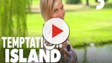Temptation Island Vip, la Ventura abbraccia Nicoletta, fidanzata dell'ex marito