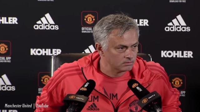 Manchester United owners not talking about firing Mourinho despite West Ham loss