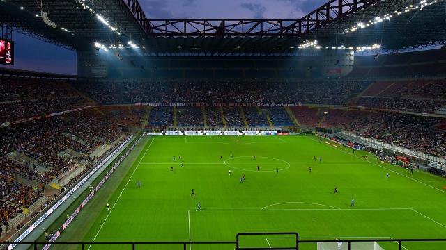 Diretta Napoli-Liverpool in chiaro su Rai 1 e in tv su Sky Sport