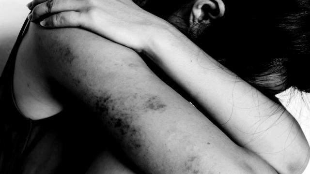 Família descobre que menino foi vítima de violência sexual