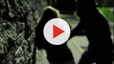 Bari: donna aggredita da un cittadino straniero per sottrarle l'iPhone