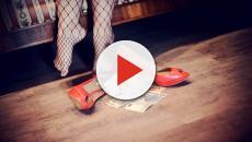 S'innamora di una prostituta, gli prosciuga il conto in banca