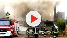 Milano, dopo l'incendio: è psicosi aria irrespirabile
