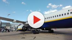 Donna di colore insultata su volo Ryanair Barcellona-Londra: il video è virale