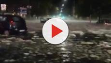 Pioggia e grande si abbattono su Roma: caos nella capitale