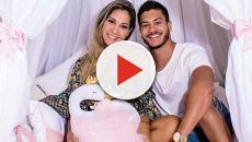 Mayra Cardi revela complicações no nascimento da filha